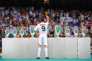 Cristiano Ronaldo : An amazing footballer 8